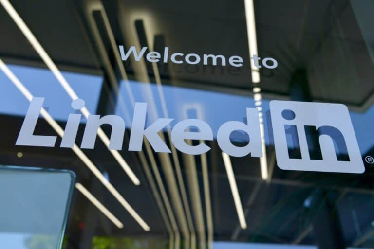 The Top 21 LinkedIn Statistics for Business in 2020