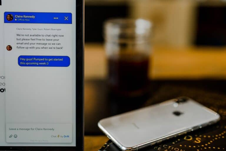 Facebook Messenger Bots for Business: How to Generate Leads with Bots