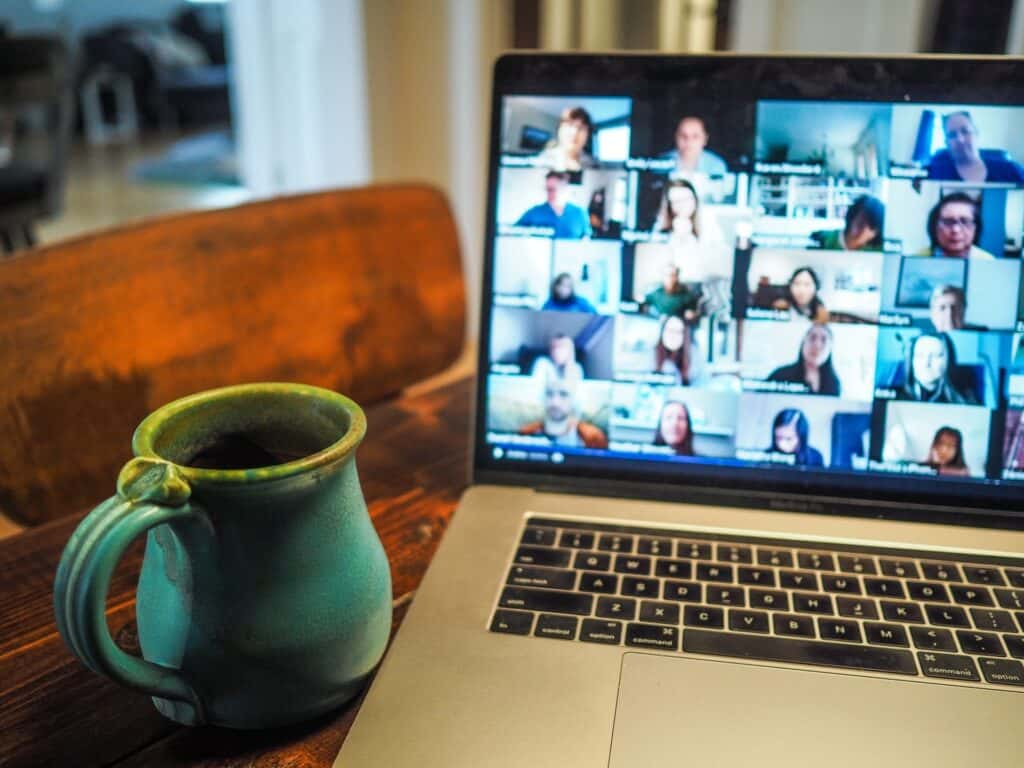 9 Essential Remote Working Tools for Corporate Communication Teams