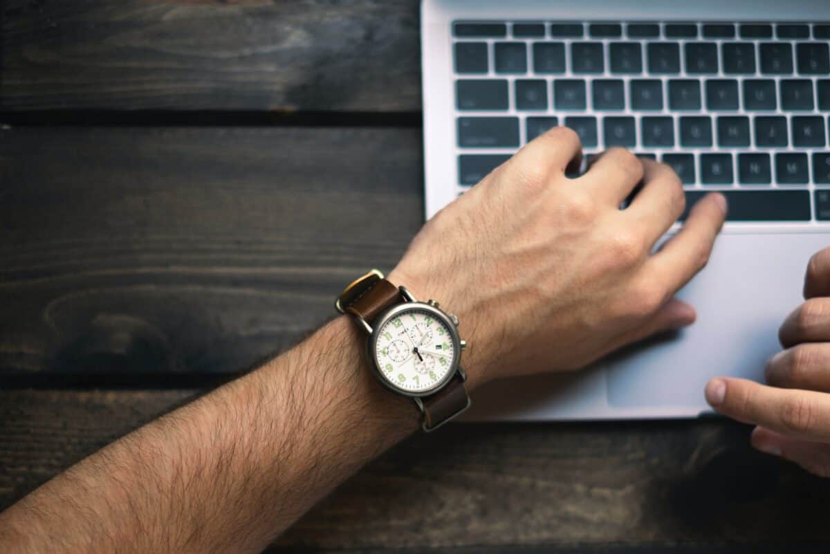 7 Ways to Save Time for Social Media Management in Corporate Communication