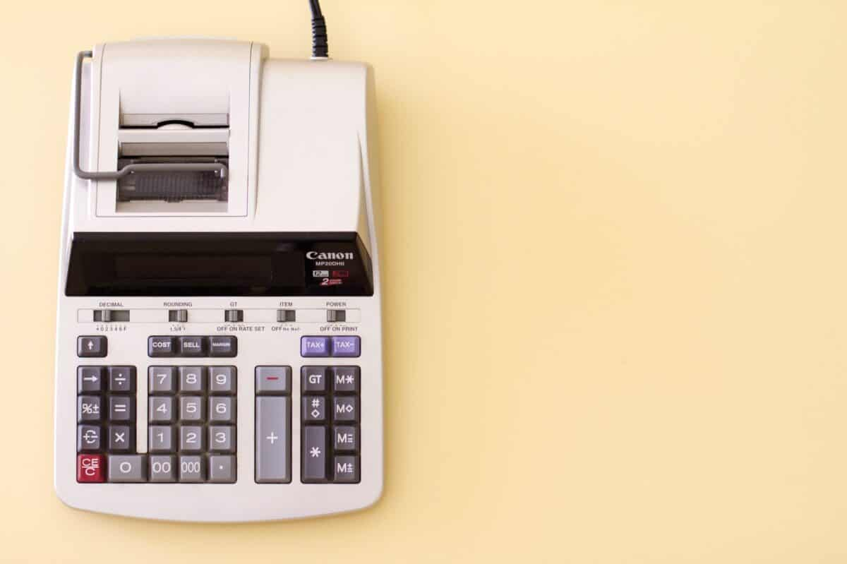 How Much Does Instagram Influencer Marketing Actually Cost? Canon calculator