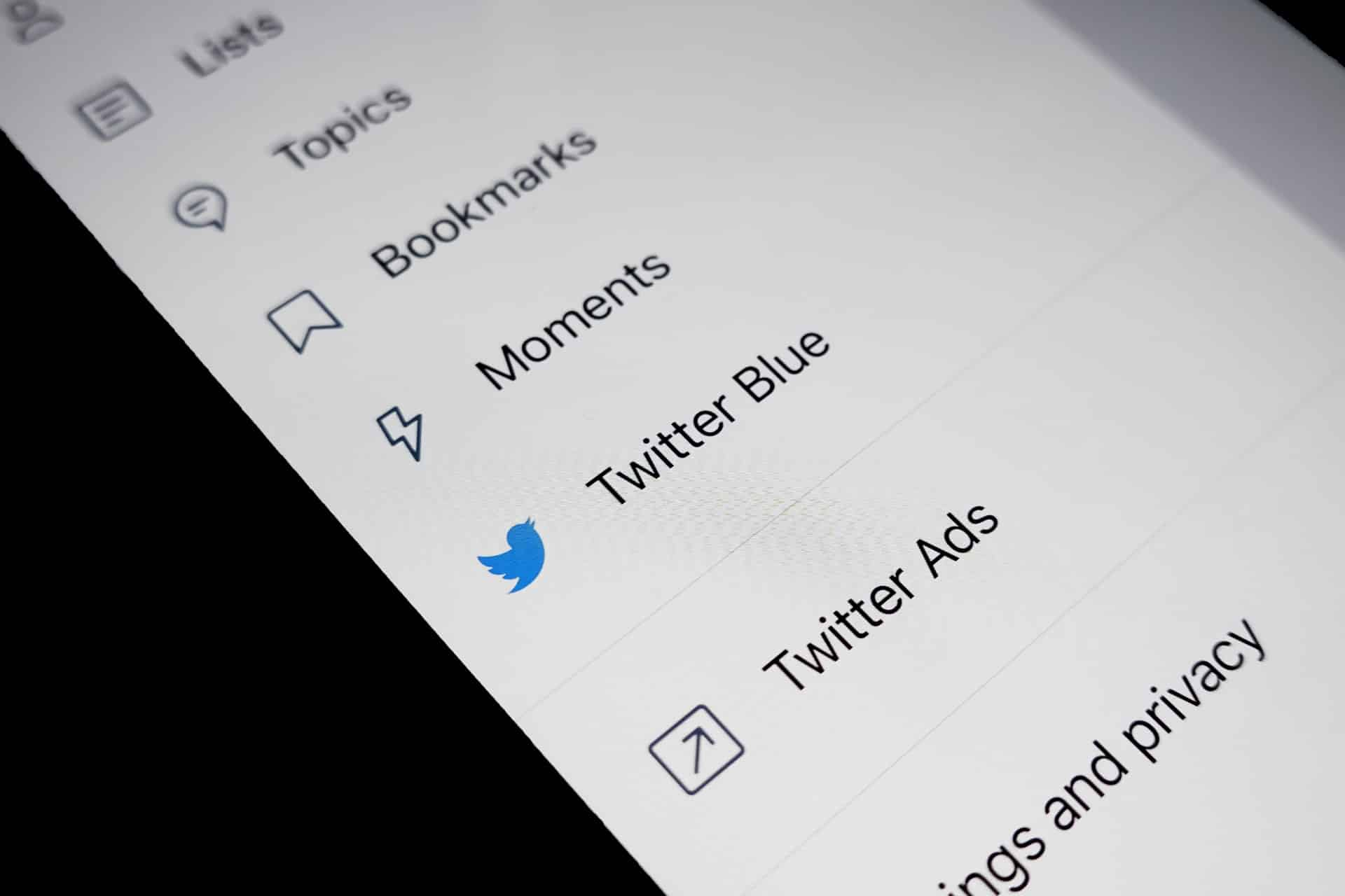 How to Find My Top Tweets - and Those from My Competitors - on Twitter?