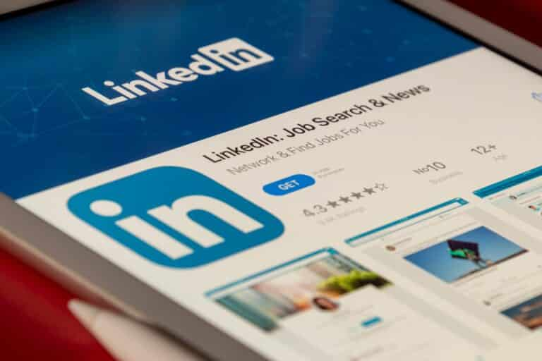 Why and How to Change Your LinkedIn URL